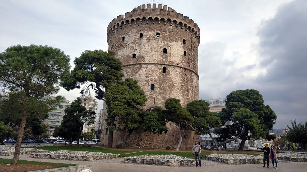 """Der """"Weiße Turm"""", Wahrzeichen der Stadt"""