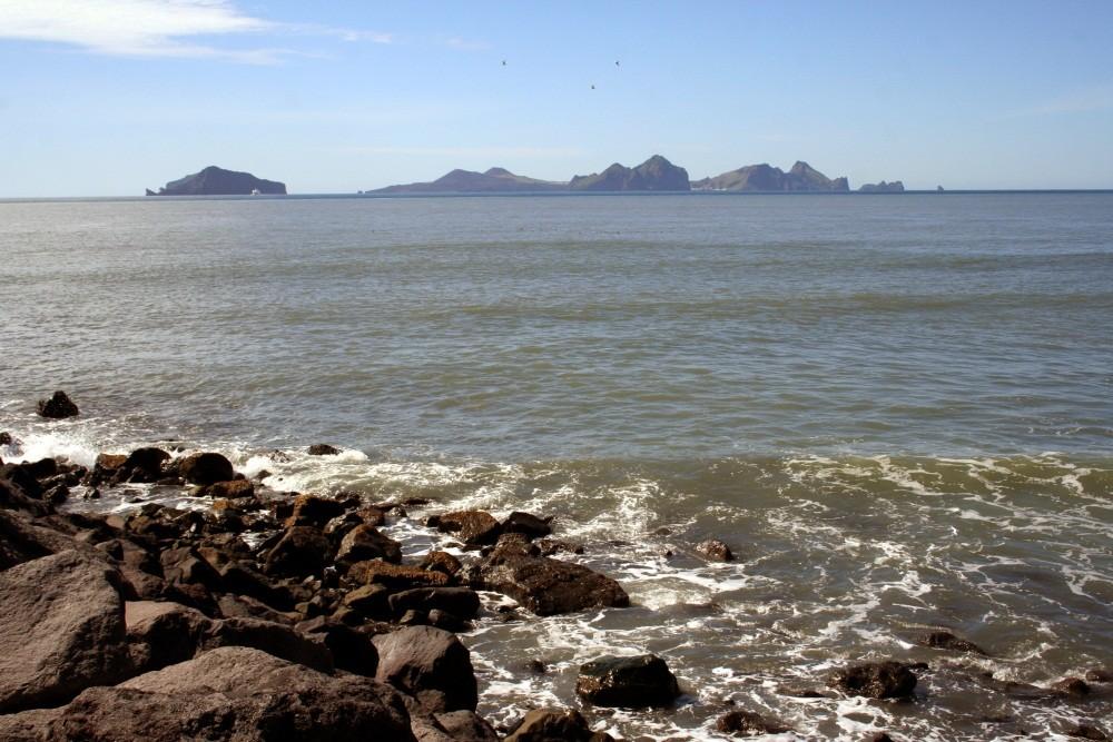 Blick zu den Vestmannaeyjar-Inseln