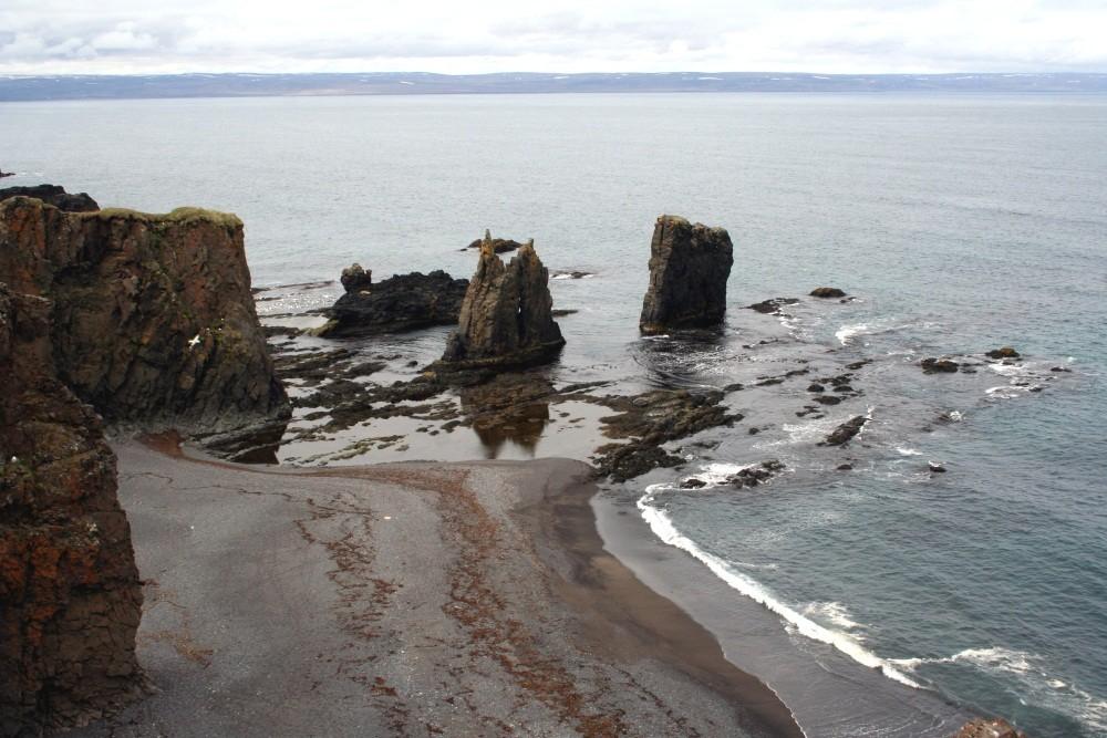 An der Küste bei Vopnafjördur