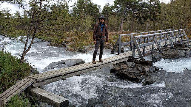 Ob die Brücke so schon fertig ist???