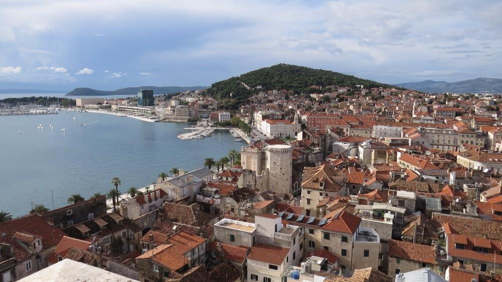 Blick von oben auf Diokletianspalast und Altstadt