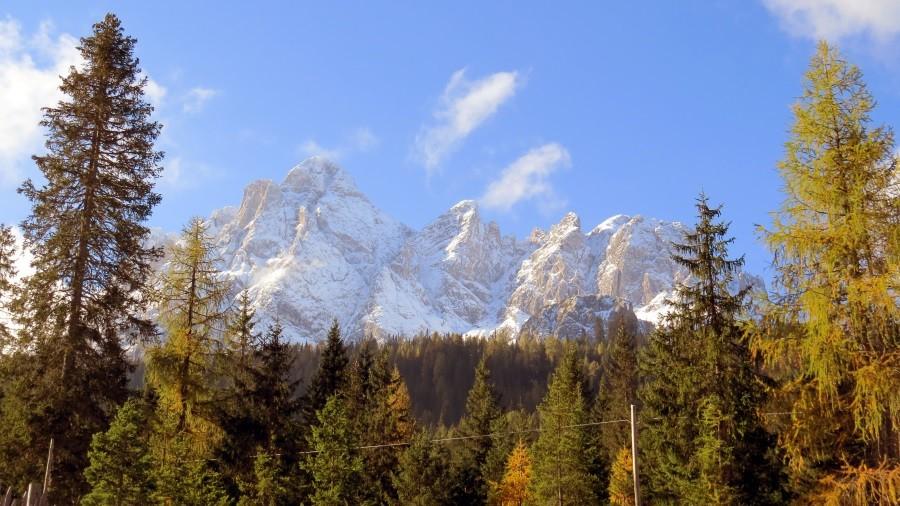 ...über die Dolomiten...