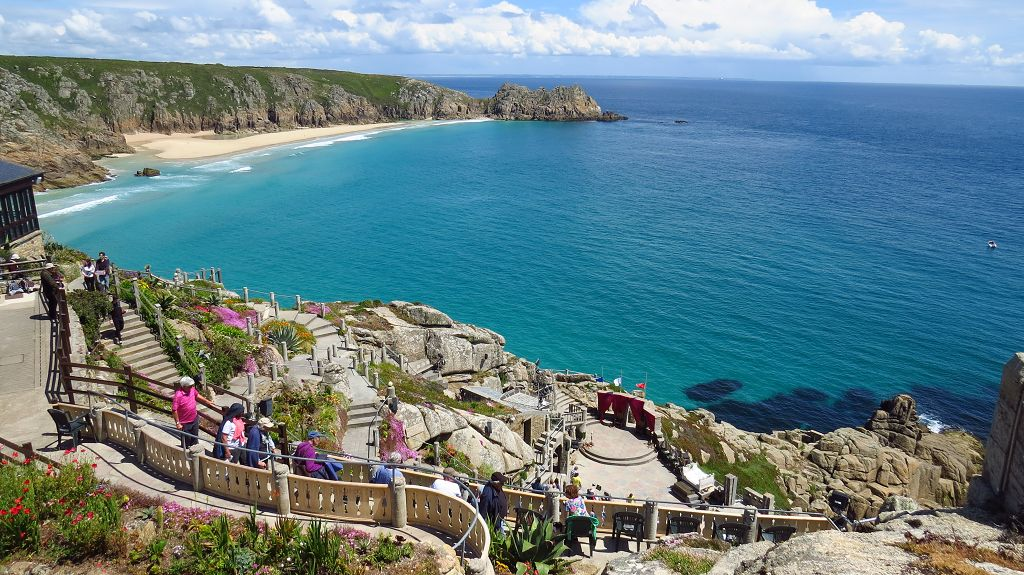 ...Minack Theater