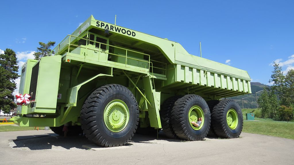 TITAN, der größte Truck der Welt ! Suchbild.....wo bin ich?