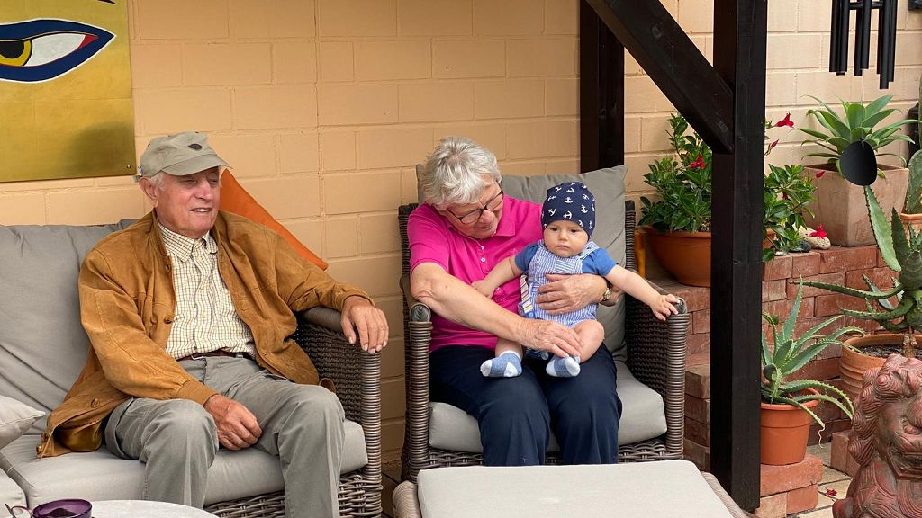 Links das älteste, rechts das jüngste Familienmitglied :-)