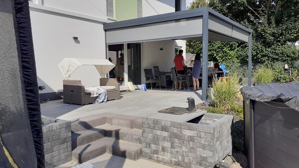 Terrassengestaltung bei Pia und Valerian