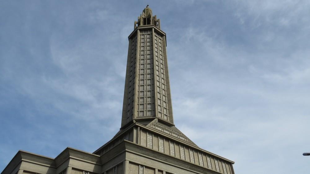 St. Joseph Kirche, 50.000 t Beton, 700 t Stahl