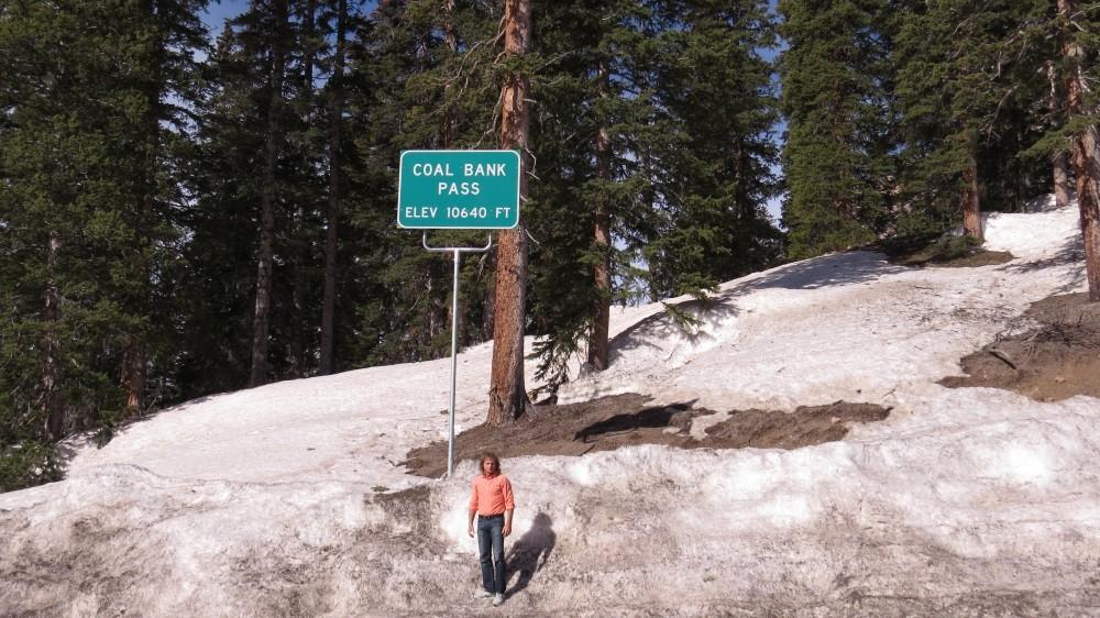 Passfahrt durch den Schnee