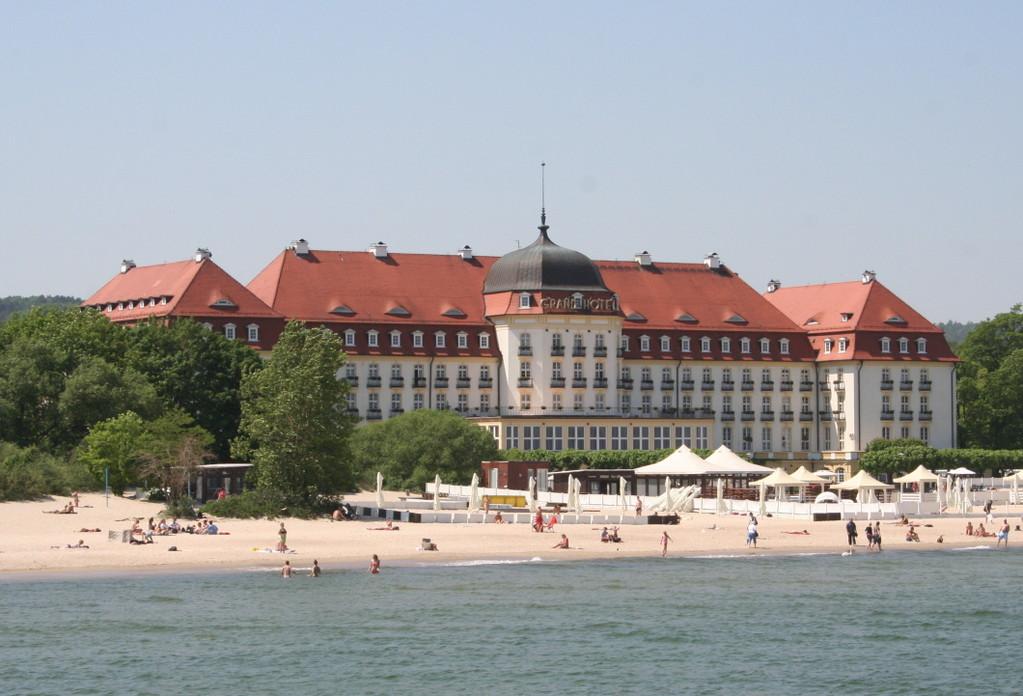 ...und das Grand-Hotel
