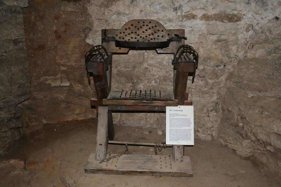 Folterstuhl auf Burg Pappenheim