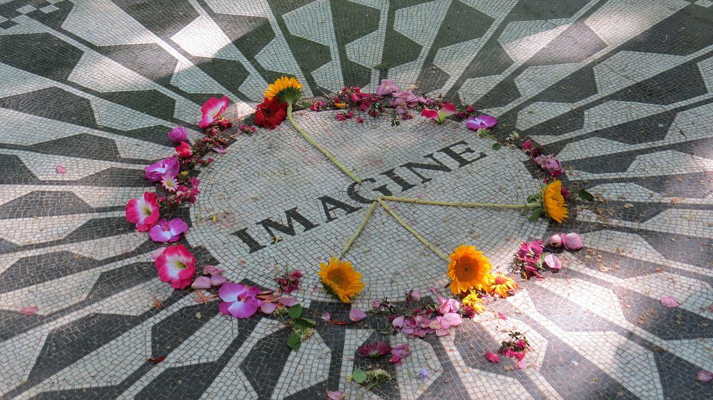 ...zu Ehren John Lennons