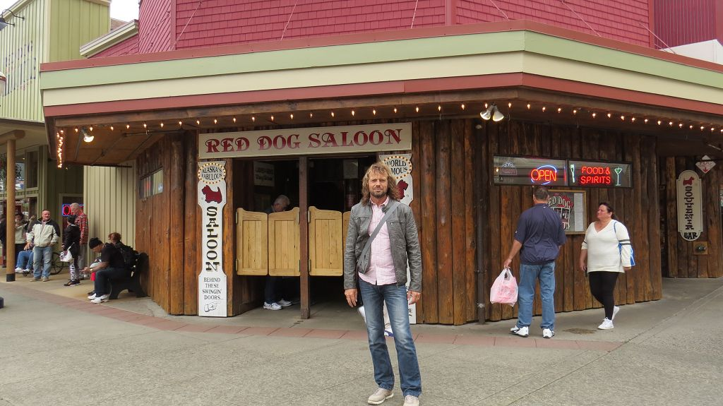 Red-Dog-Saloon