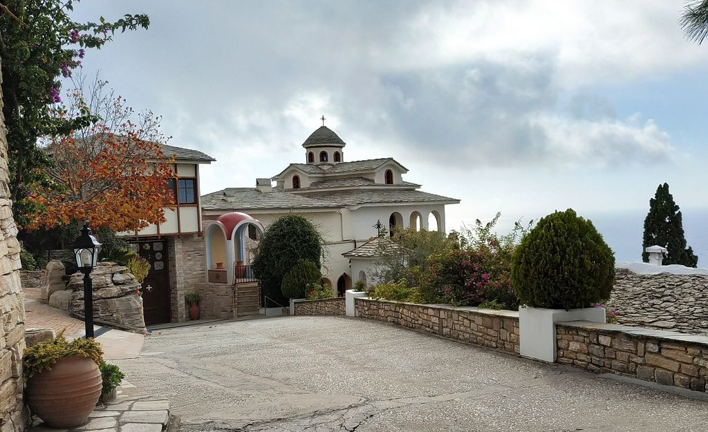 Innenhof Kloster Archangelou, sonst fotografieren verboten