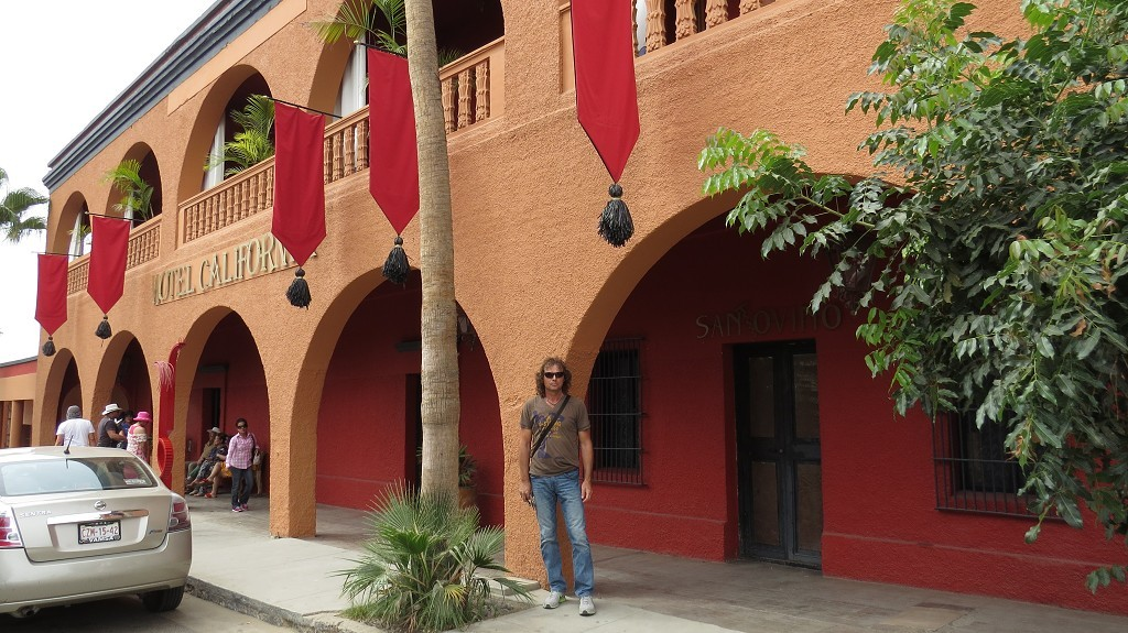 Hotel California in Todos Santos