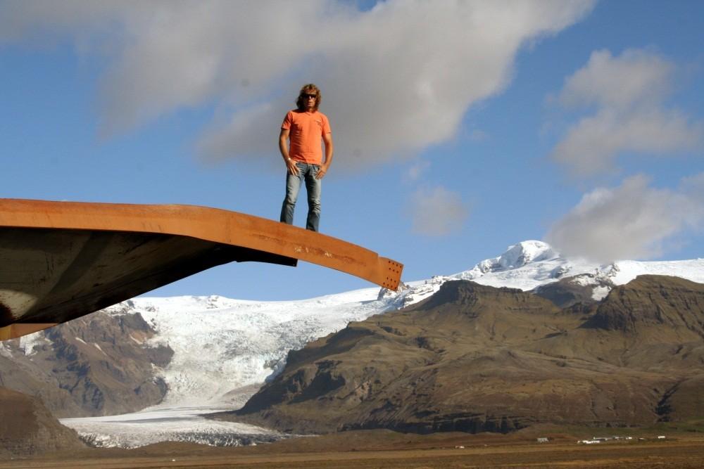 Die alte Brücke (Axel steht auf den Resten)...