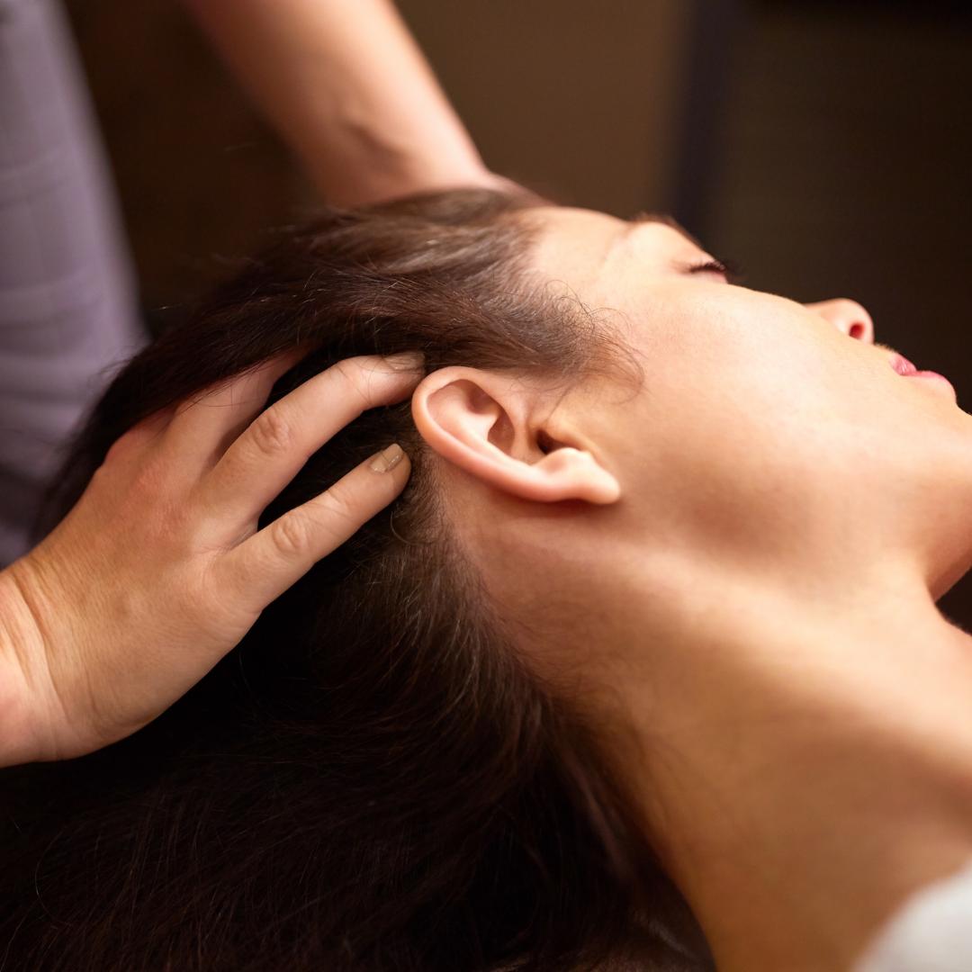 日本ヘッドセラピスト認定協会で学ぶヘッドマッサージ