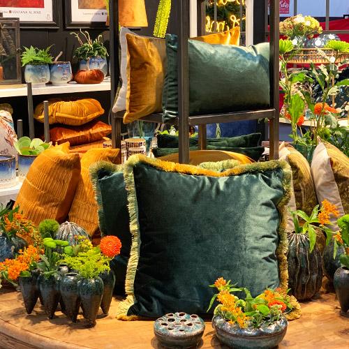 Coral Flute und Wavy Coral -  Blumenvasen aus Keramik von Miljögarden