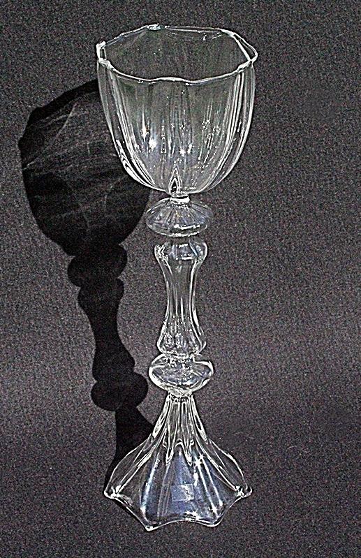 Goblet 2 aus Glas von Des Pots. Als Weinglas verwendet, allein oder als Gruppe, die ultimative Geschenkidee.