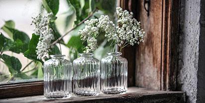 Kleine Blumenvasen aus Glas von Miljögarden