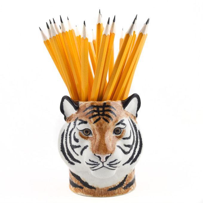Keramikbecher im Tigerdesign von Quail Ceramics