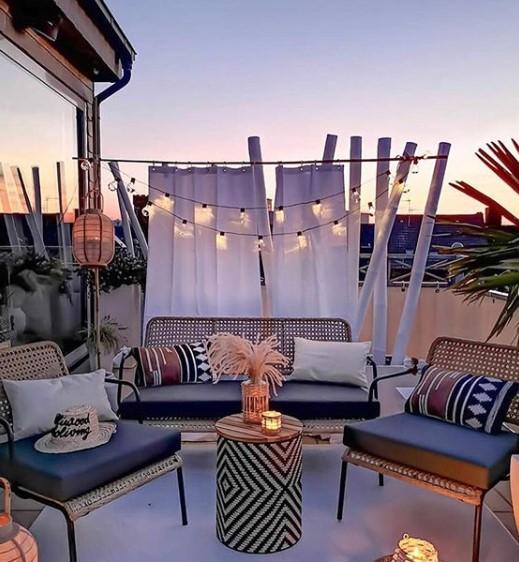 Come arredare il balcone o il terrazzo con le giuste luci da esterno
