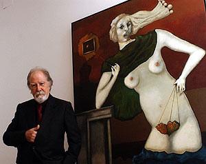 """Der Meister neben seinem Bild """"Marbrina"""" (2002)-Foto: El Mundo/EFE"""
