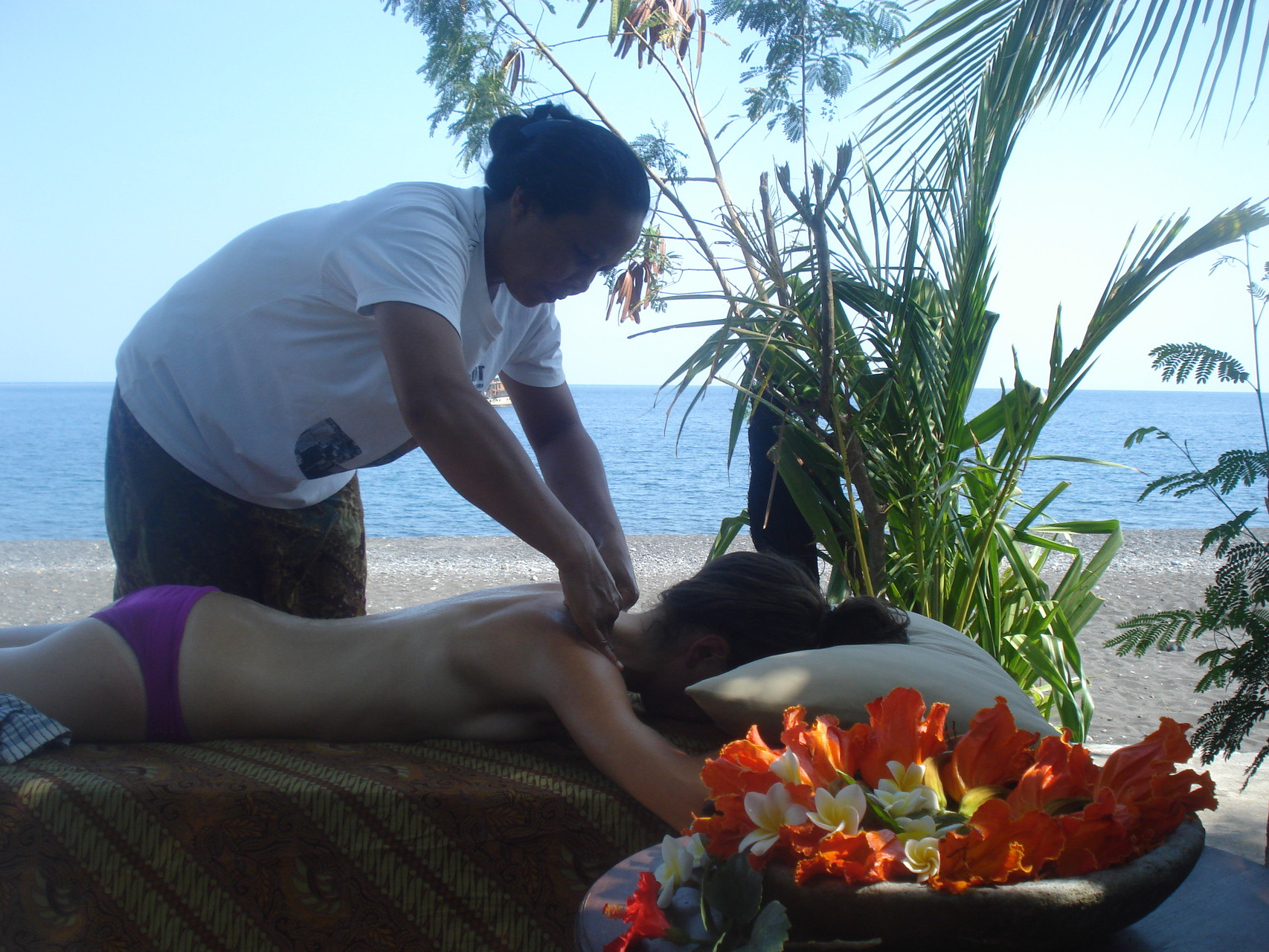 Bulih Beach Bungalows - Massage