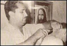 Geistige Chirurgie mit Ze Arigo und Patient