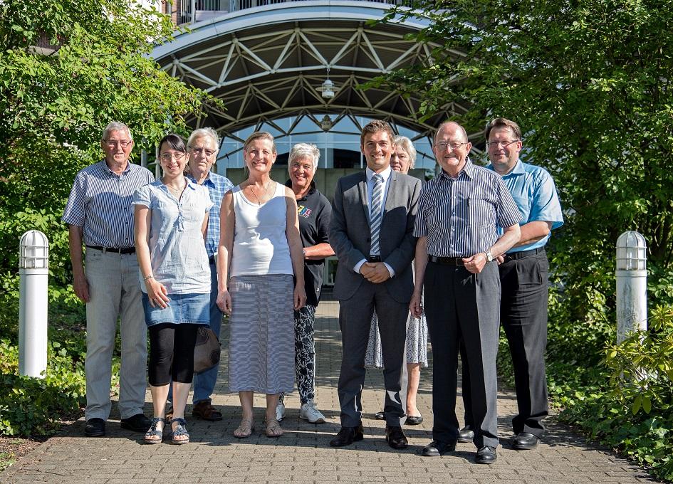 """Am Gründungstag des Palliativfördervereins """"Hand in Hand"""" im Juli 2015"""
