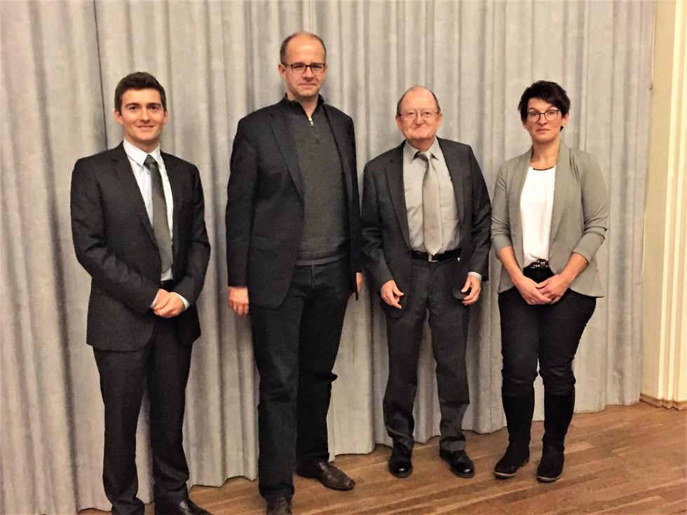 Referenten am Info-Abend 2.11.2017: 1. Vors. RA Michael Greiner, MdB Michael Brand, 2. Vors. Dr. Ambros Greiner, Frau Dagmar  Koch
