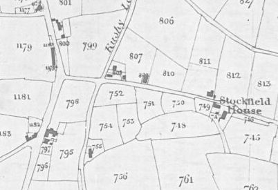 Tithe Map extract, 1843. North is to the right. 807 is Chapel Field, 809 is Chapel and yard, and 810 is Chapel Piece. 807 and 808 are owned by John Rabone. 809 looks to have been previously part of 807. It is owned by Independent Chapel Trustees.