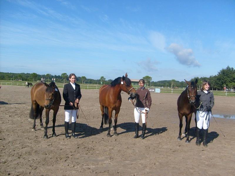 Claire, Cindy et Céline avec Fodène, Rezza et Réole