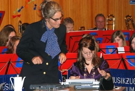 """2008: """"The Typewriter"""", mit Stefanie Schmidt und Jana Bettels an den Schreibmaschinen"""