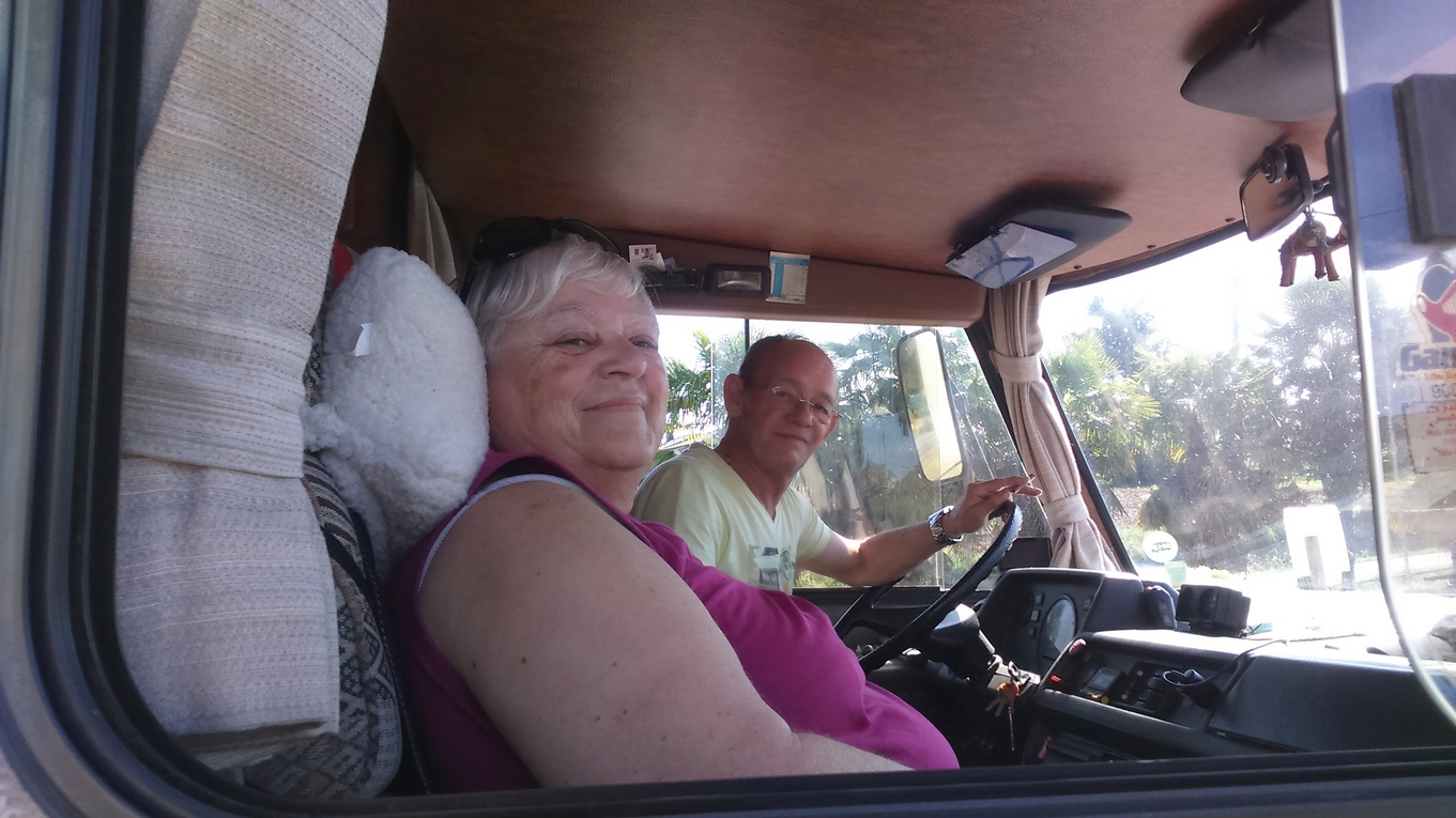 camping-car int u00e9gral hymer s 660 sur mercedes 410 - ann u00e9e 1990