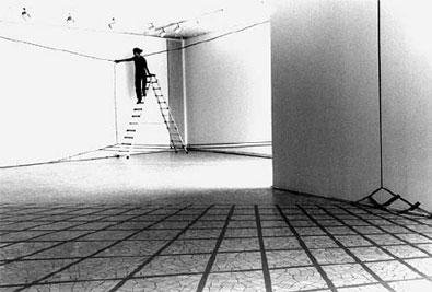 Aufbau «Raumskizze», 2001, in situ , Ausstellungsraum Städt. Bühnen, Münster