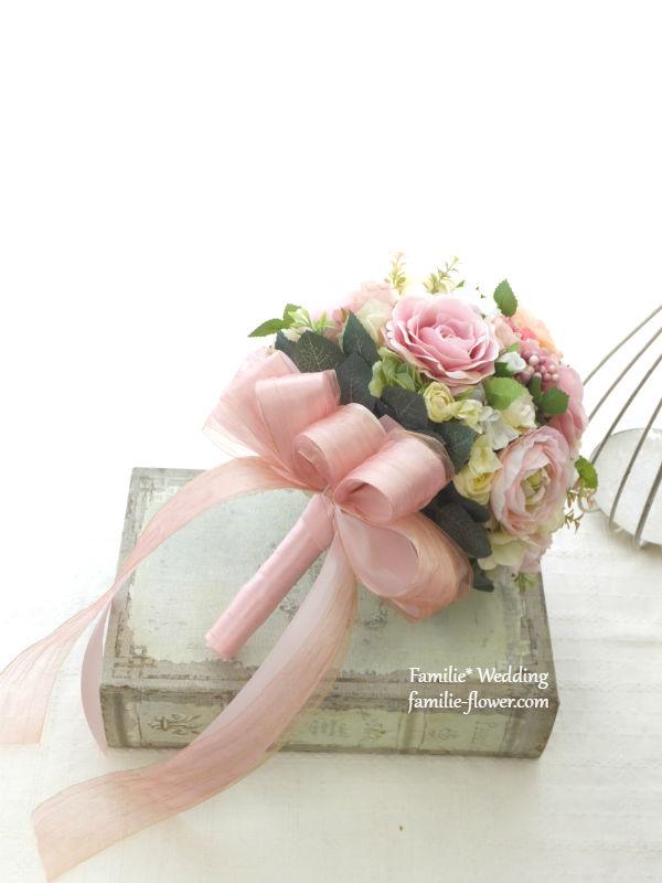 ピンクのバラのラウンドブーケ・造花
