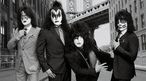 KISS ROCK N ROLL HALL OF FAME