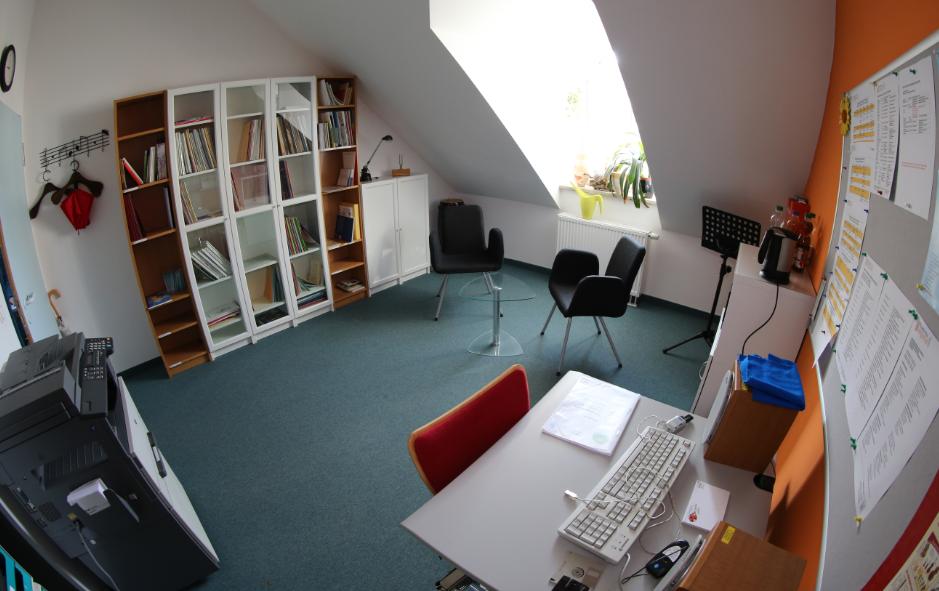 Kulturtreff Allershausen Lehrerzimmer mit Notenbibliothek, 2. Stock