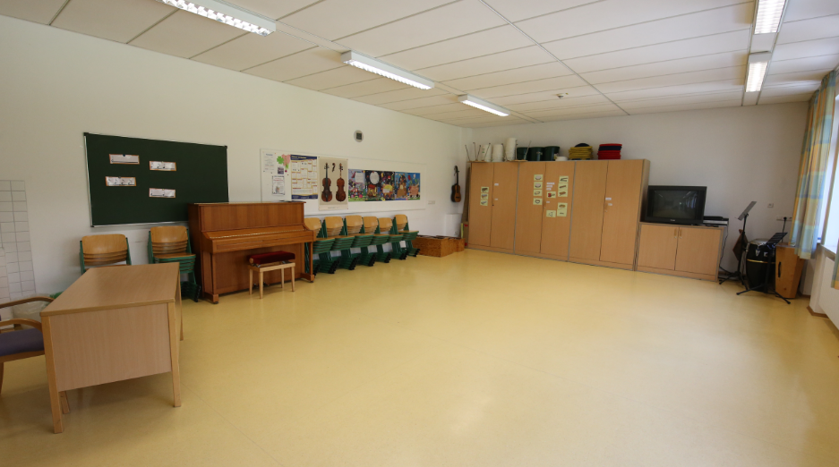 Grundschule Kranzberg Großer Musikraum, 1. Stock