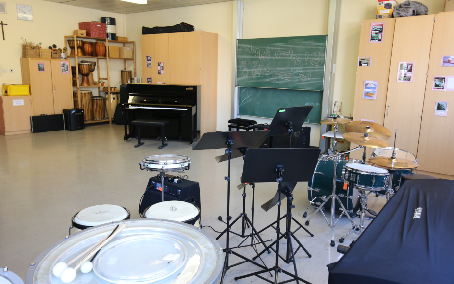 Mittelschule Allershausen Musikraum Erdgeschoss