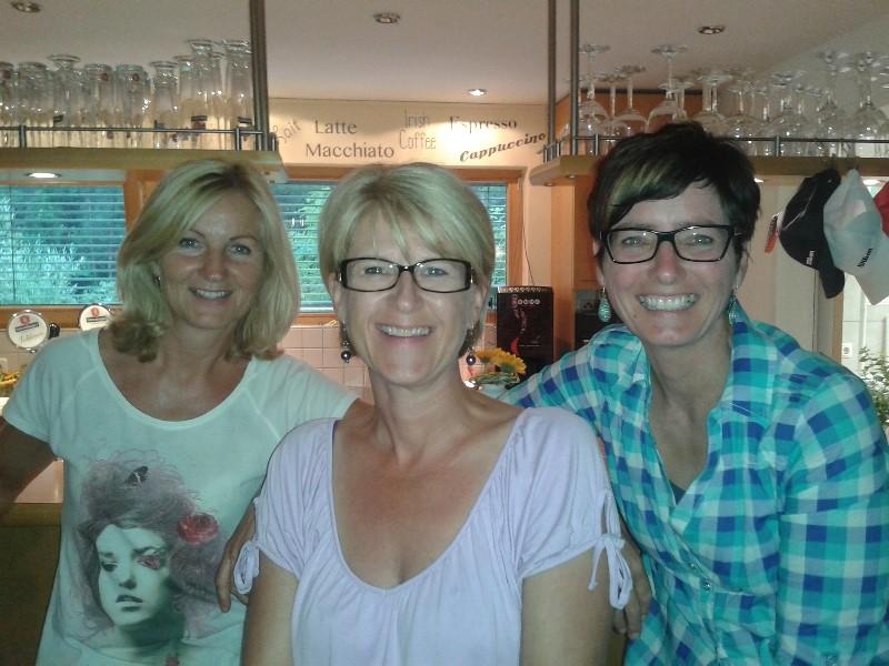 Angela, Irmi, Michaela