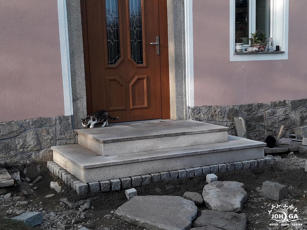 Neugesetzte Stufen