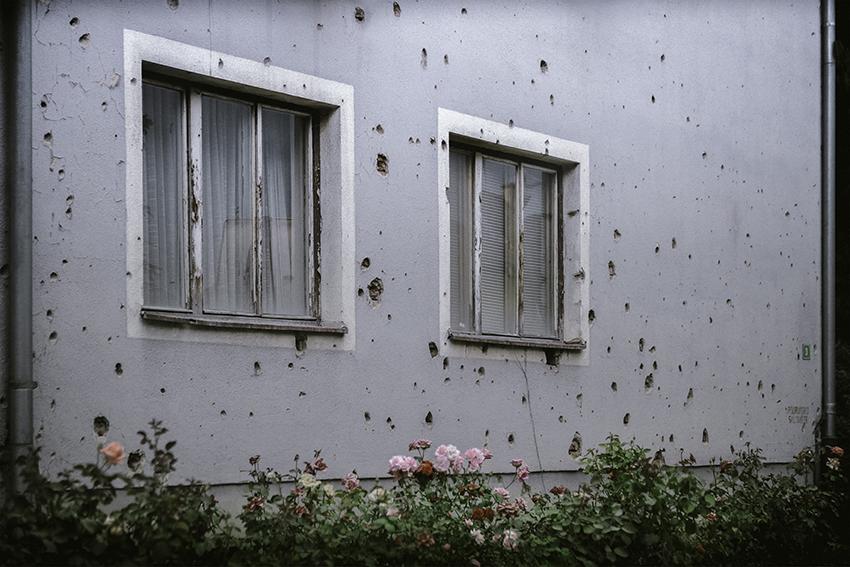 40x60 cm - Les Balkans : ville de Bihac en Bosnie
