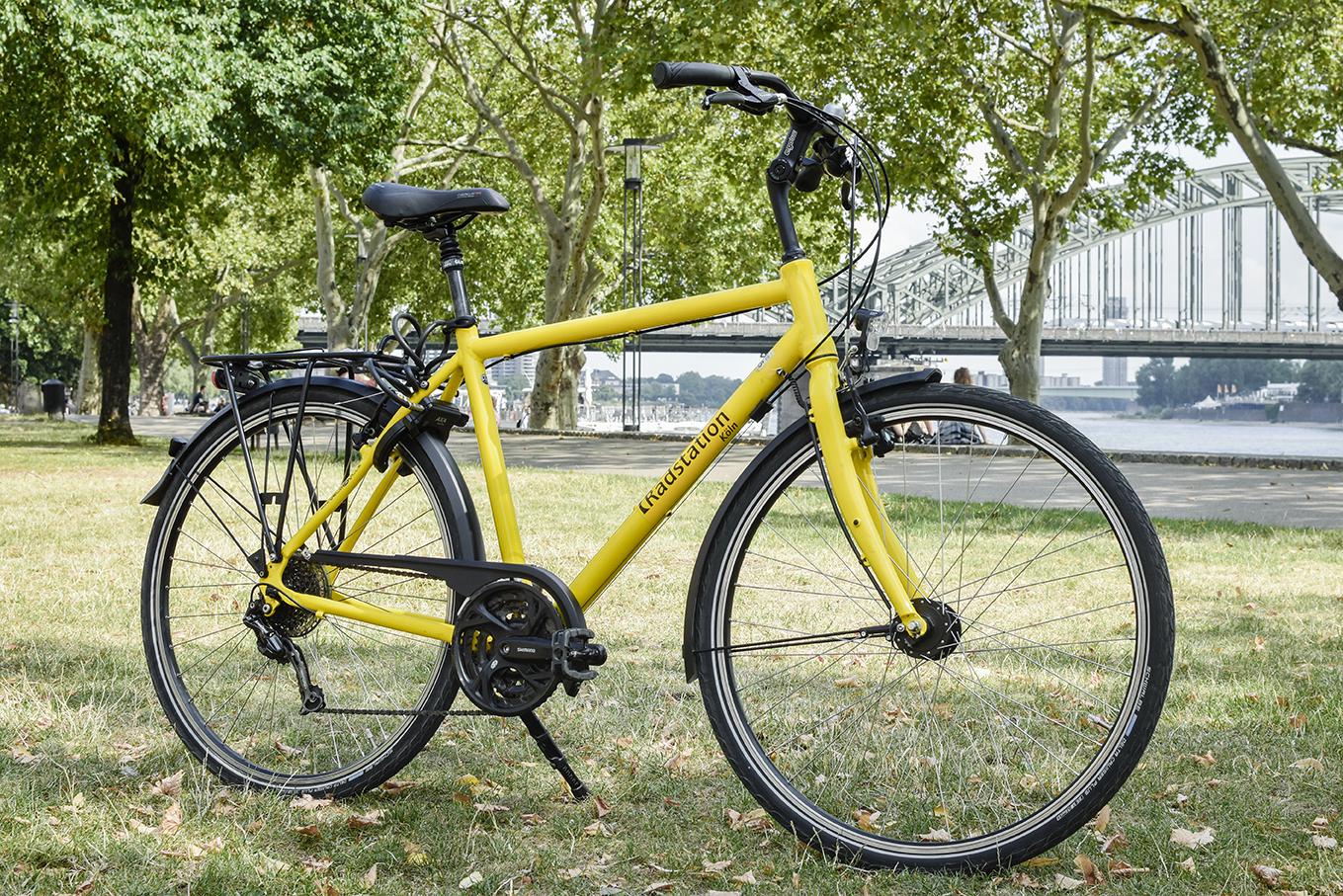 Vélo de randonnée de la Radstation Köln