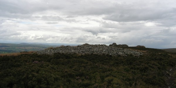 Stiperstones. A large cairn south of the Devil's Chair. July 2009.