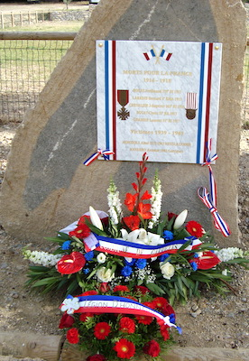 Monument aux morts Garrigues (10 nov.)