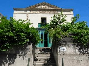 Façade de la Villa des Rosiers