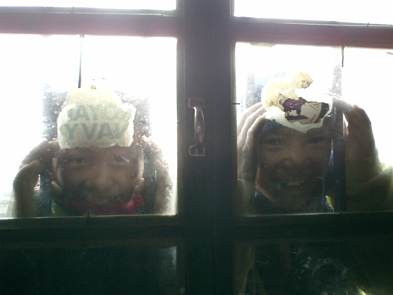 チベタンの女の娘たちと戯れてみたり・・・
