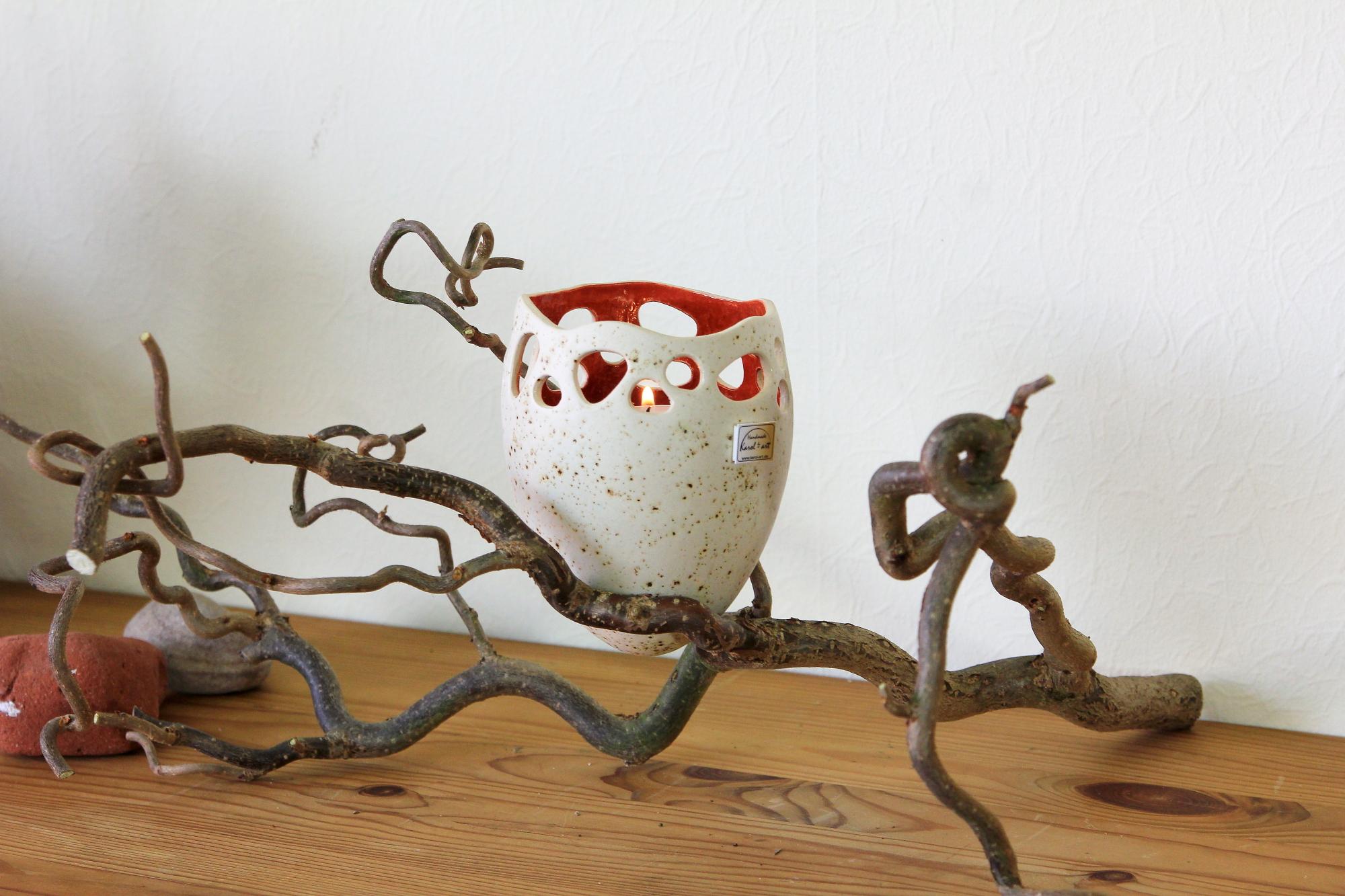 Windlicht aus Keramik, handgefertigt