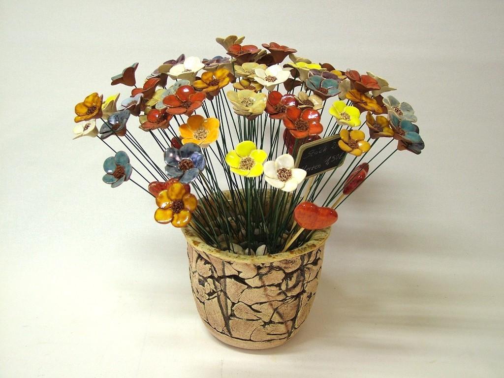Steckerblumen (handgefertigte Keramikblüten glasiert)